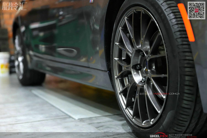电光灰宝马3系安装高品质日本ENKEI轮毂PFM1款式