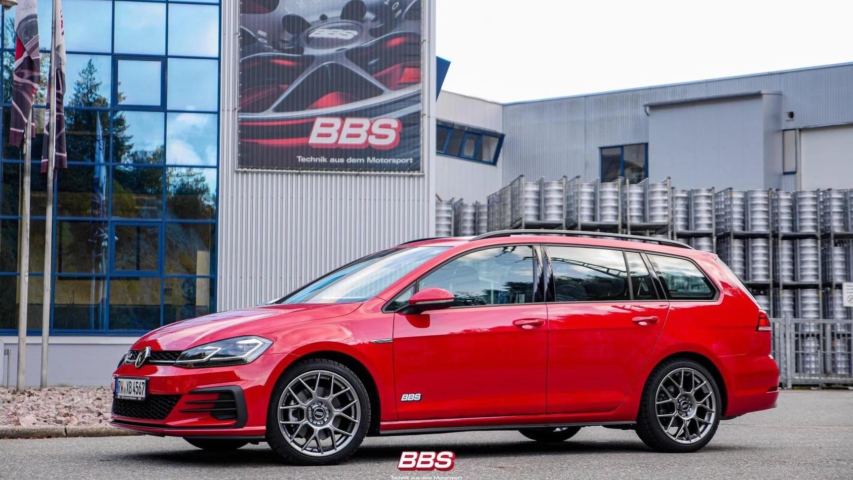 高尔夫旅行版安装德国BBS XR铂金灰色高品质轮毂