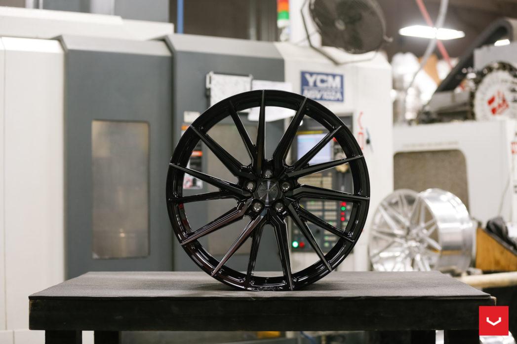美国VOSSEN HYBIRD FORGED HF-4T多条辐混锻运动轮毂
