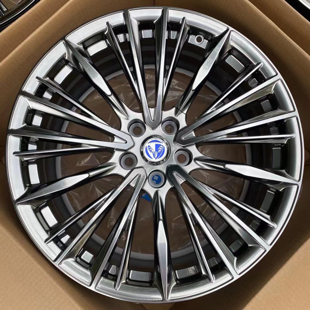 宏鑫锻造HX-VOUGE电镀银色多条辐VIP轻量化轮毂